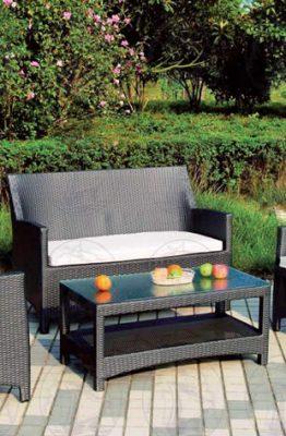 sedie e tavoli per giardino